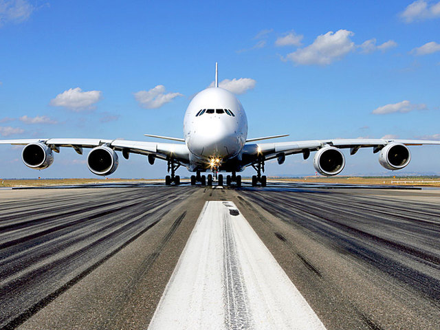 Airbus A380 Completes First Flight