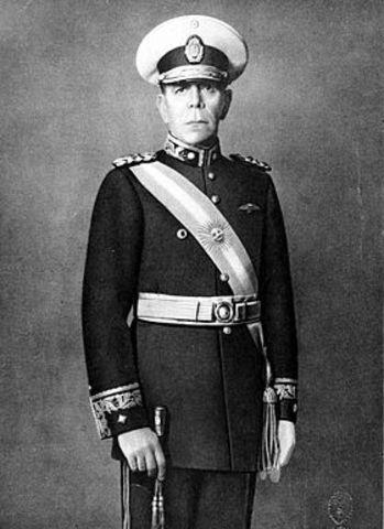 Asume Edelmiro Julián Farrell