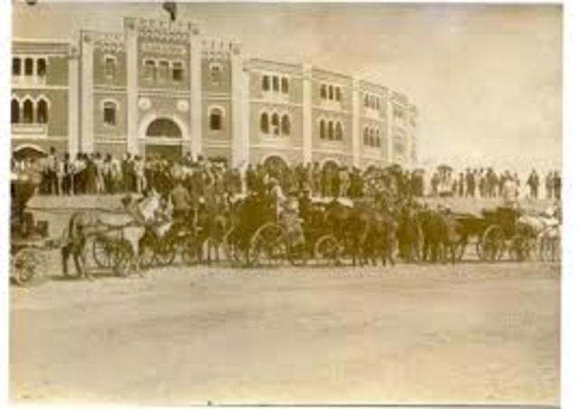 Inauguración de la plaza de torod en Mérida