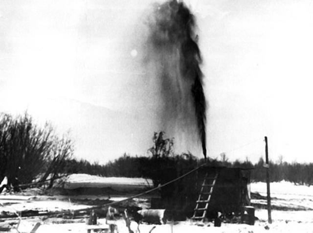 Западной Сибири забил мощный фонтан