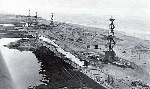 Месторождение газа и нефти