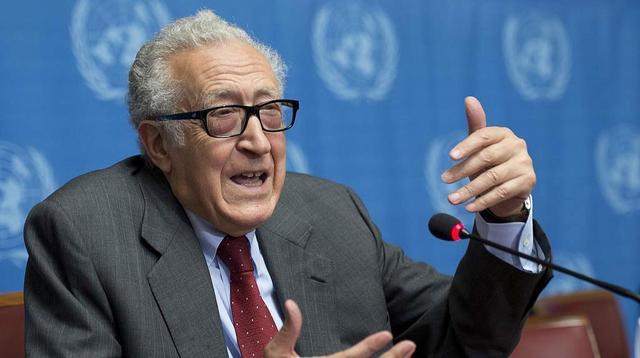 Renuncia de Brahimi.