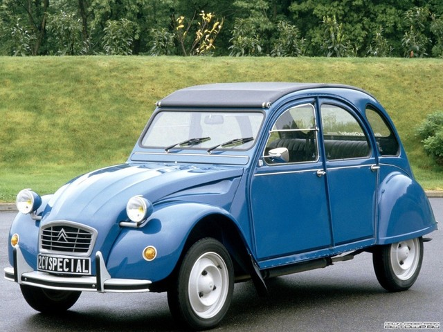 Citroën 2CV: populaire, humain, transgénérationelle