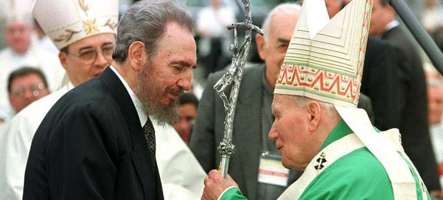 Castro et le Pape Jean Paul II