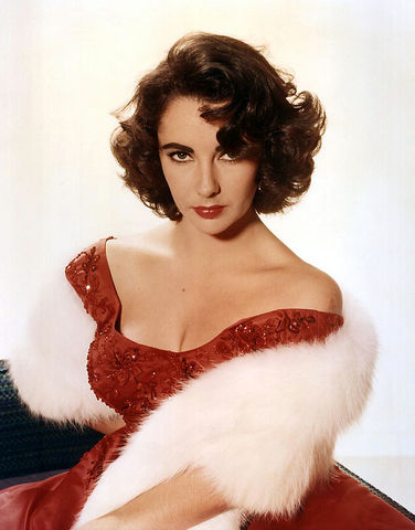 Elizabeth Taylor Dies of Complications From Heart Failure