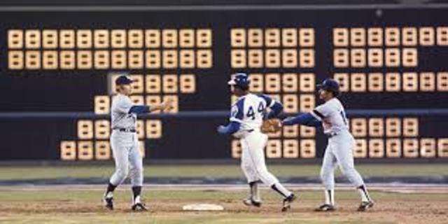 Hank Aaron 715th homerun