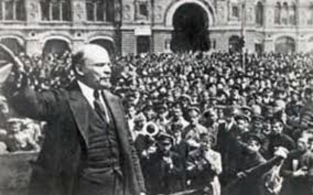 Madero encabeza movimiento revolucionario.