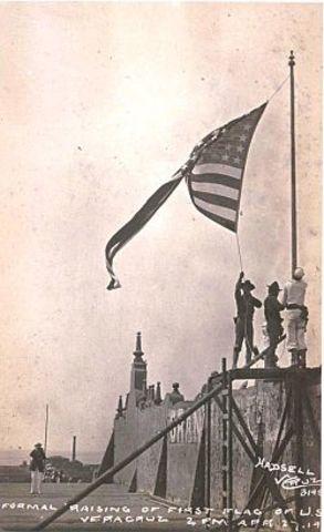 Marines E.U. toman puerto de veracruz