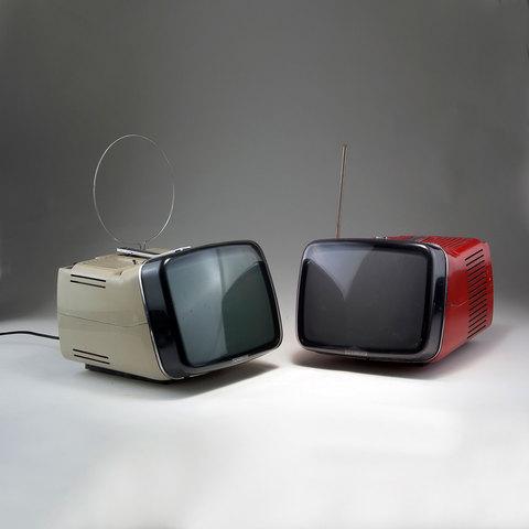 Le Téléviseur TV Algol a écran incliné 1964 Zanusso & Sapper