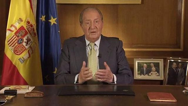 El Rey don Juan Carlos I anuncia que abdicará