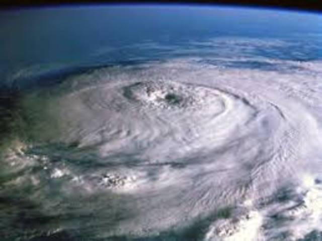 Hurricane Katrina occurs