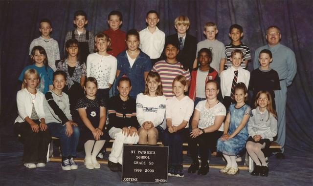 Class Photo 1999-2000