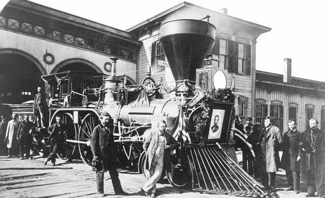 Lincoln had his own secret train to travel in.