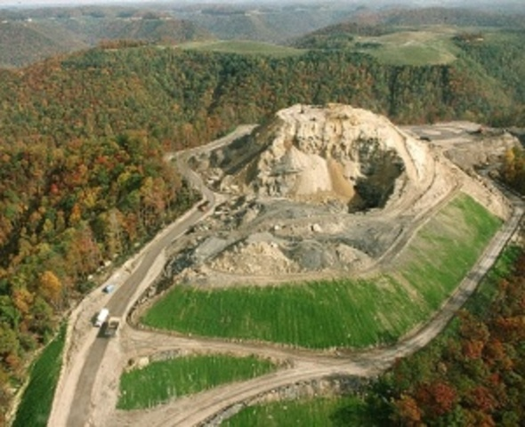 Federal Surface Mining Control Act Signed to Lessen Environmental Impacts of Surface Coal Mining