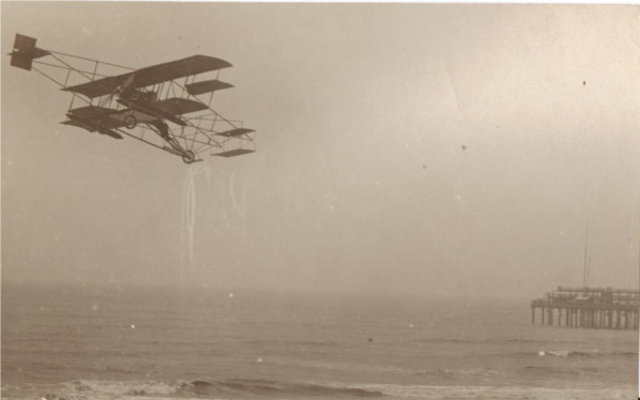 Day Two of the Airshow: Curtiss Flies Over the Atlantic Ocean