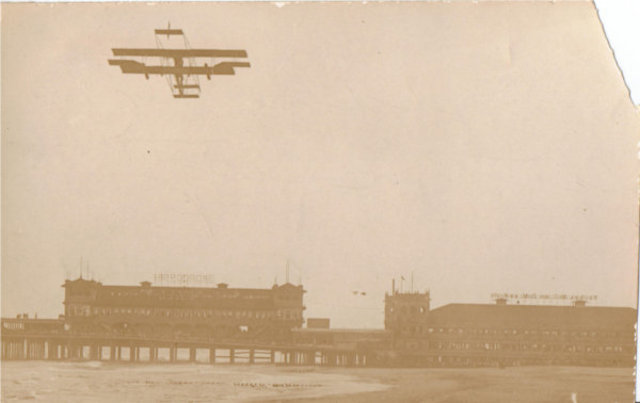 """Day Nine of the Airshow: Curtiss Wages """"War"""" on Atlantic City"""