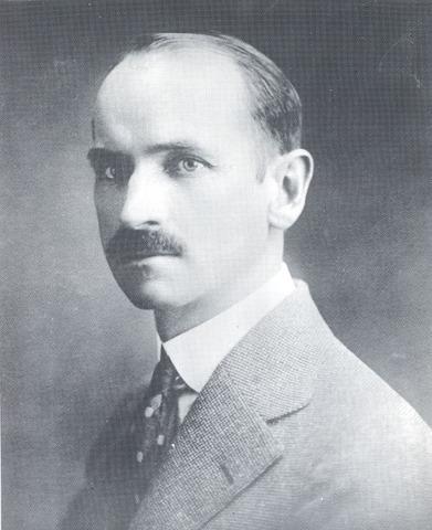 Glenn Hammond Curtiss is Born
