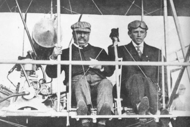 October 8 - October 18th: Kinloch Field Airshow - St. Louis, Missouri
