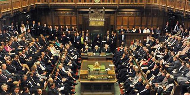 Act of Union is rejected in British Parliament