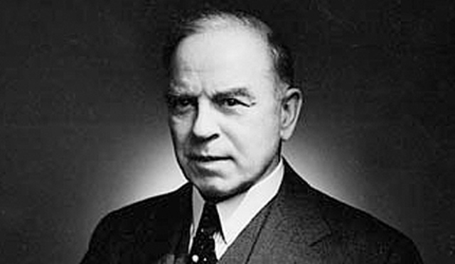 Mackenzie King and the Liberals win federal election.