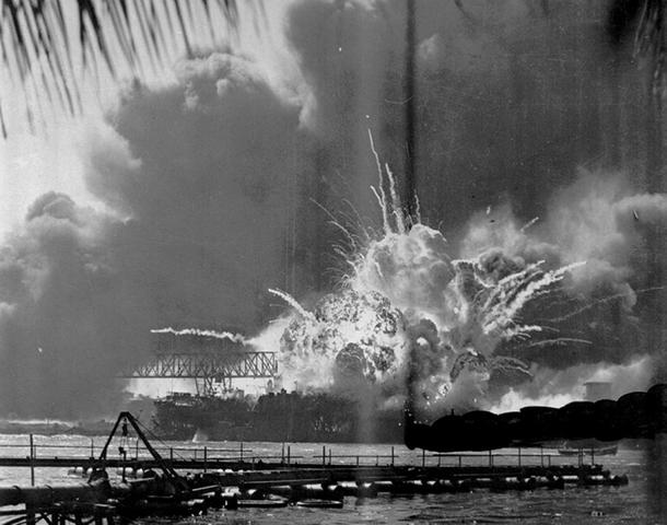 Japanese attack Pearl Harbour