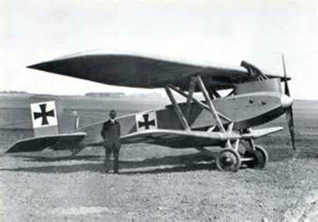 Junkers J4 Introduced