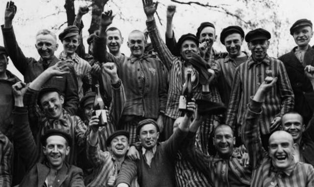 ALLIBERAMENT DELS CAMPS DE CONCENTRACIÓ NAZIS