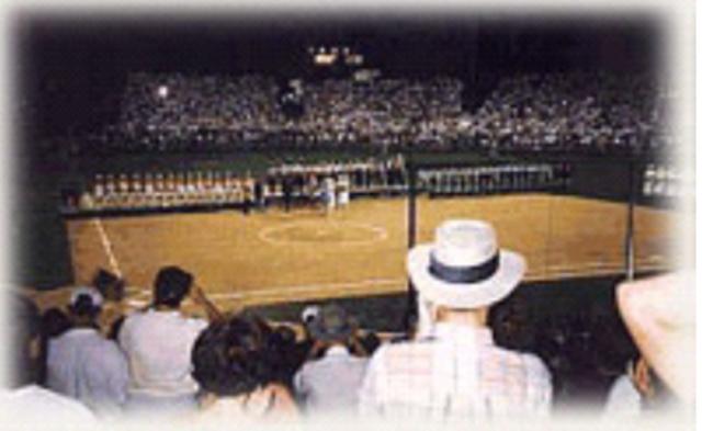 Debut Softball JJ.OO. Columbus
