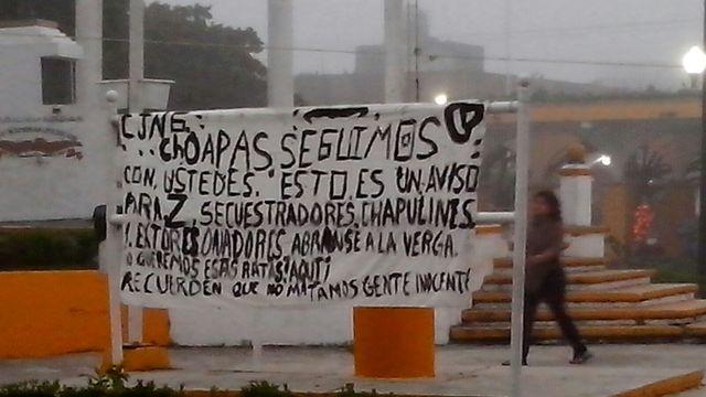 Narcomantas en Las Choapas