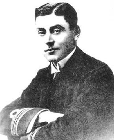 coneix en 1900 a Cedric Longstaff
