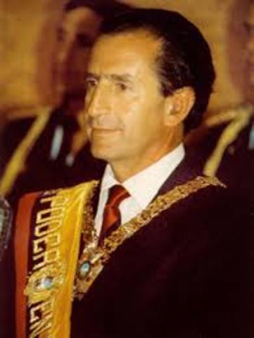 DR. RODRIGO BORJA CEVALLOS
