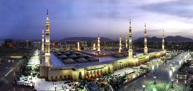 Muhammad and his Followers Move to Medina