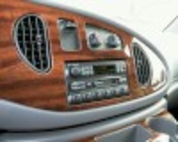 2000 Radio