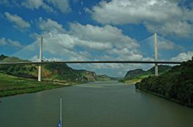 Pont centenaire Louison et Arlind
