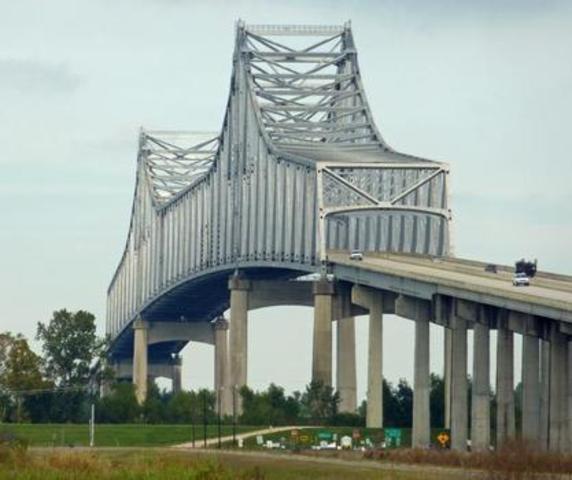 Veterans Memorial Bridge - Nils et Arthur