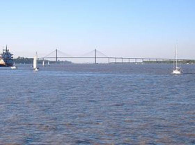 Pont Rosario-Victoria Louison et Arlind