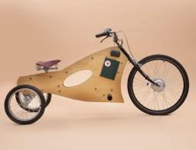 1881 triciclo electrico