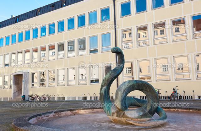 Primera escuela de Veterinaria en Alemania
