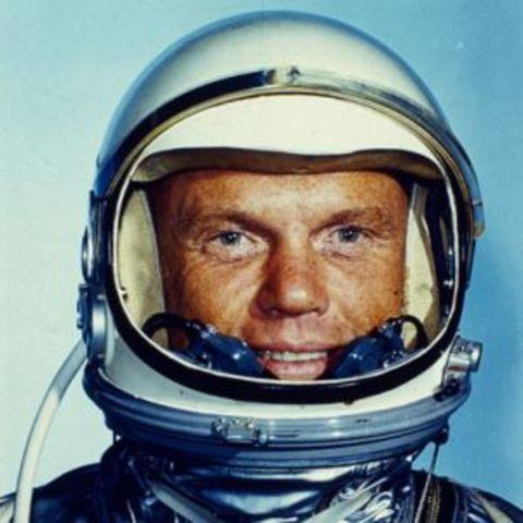 John Glenn makes the first U.S. Manned Orbital Flight