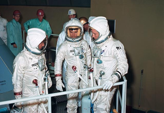 Apollo 1 Mission starts