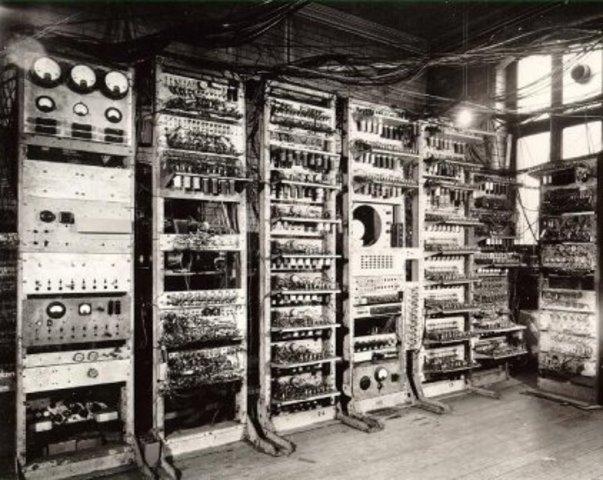 Creación del primer ordenador con memoria - El Small-Scale Experimental Machine (SSEM)