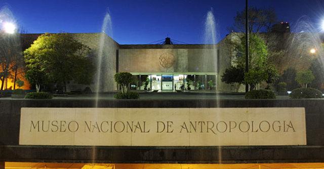 Inauguración del Museo Nacional de Antropología e Historia