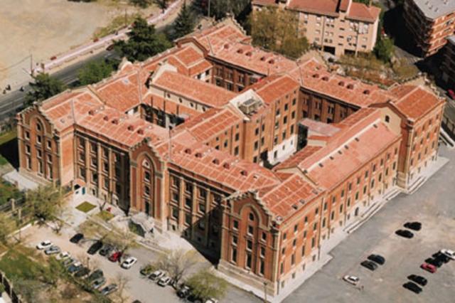 La Universidad de Extremadura.