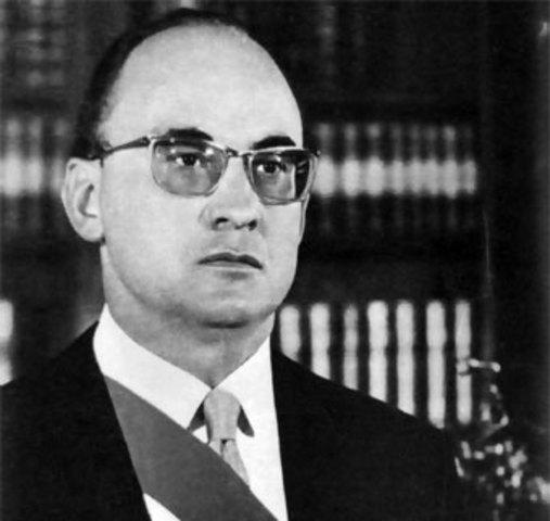 Toma de posesión como presidente Luis Echeverría Álvarez