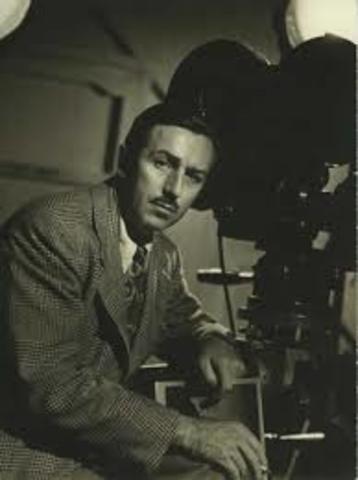 Walt Discovers Movies