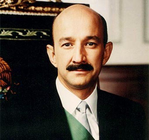 Toma posesión como presidente de México Carlos Salinas de Gortari