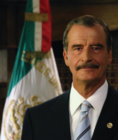 Asume la presidencia de la República Vicente Fox Quesada