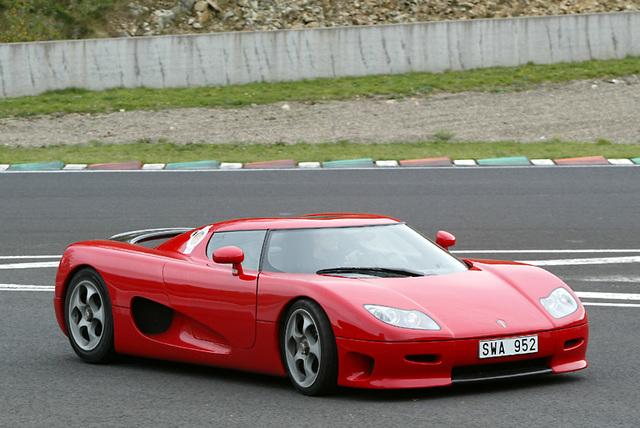 El primer auto vendido: CC8S