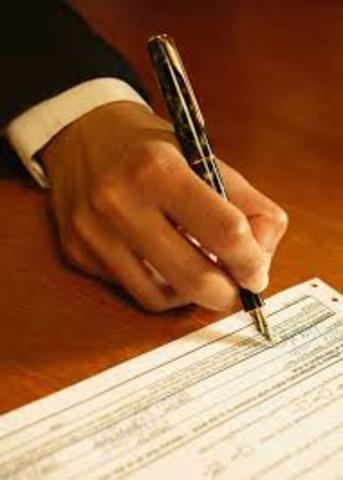 El 4 de Julio John F Keenedy ,firmo la Orden Ejecutiva 11110 que devolvió al gobierno de EE.UU la facultad de enutir moneda ,sin pasar por la reserva Federal Propiedad de los Rothschild .