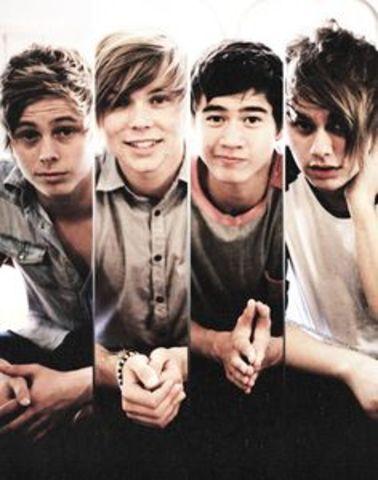 4 More Idiodically Amazing Boys.